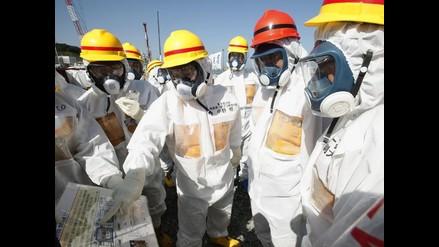 Abe pide en Fukushima fijar un plazo para solventar fugas tóxicas