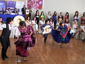 Reinas y bastoneras dan inicio a Festival de la Primavera en Trujillo