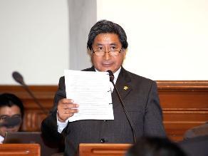 Congresista Julca califica de desproporcionada suspensión de 120 días