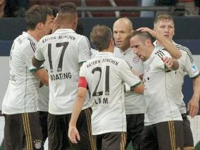 Claudio Pizarro anotó y Bayern Munich goleó a Schalke de Farfán