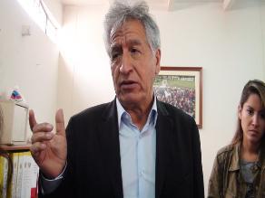 Chiclayo: Consideran persona no grata a congresista Virgilio Acuña