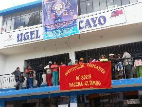 Huancayo: Padres protestan en Ugel exigiendo destitución de directora