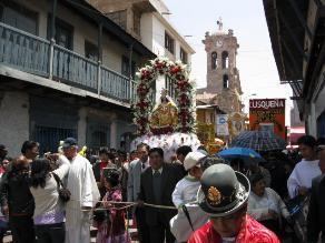 Celebran fiesta en honor a la Virgen de las Mercedes en Juliaca