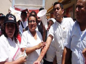 Chiclayo: Huelguistas del sector Salud se desangran en Hospital Belén