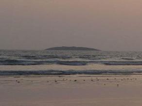 Fuerza de terremoto en Pakistán origina isla de 30 metros en el océano