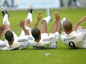 Una curiosa celebración de Ronaldo, Robinho y Roberto Carlos cumple 8 años