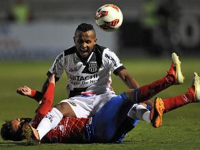 Sudamericana: Ponte Preta sin Ramírez y Advíncula venció 2-0 al Pasto