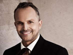Miguel Bosé obtiene dos nominaciones en los Grammy Latino 2013
