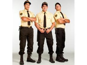 Christian Domínguez, Nikko Ponce y André Silva en firma de autógrafos