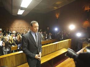 Pistorius contrata a investigadores forenses de EEUU para su defensa