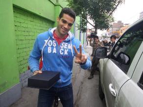 Guty Carrera huye de la prensa para no hablar de su madre