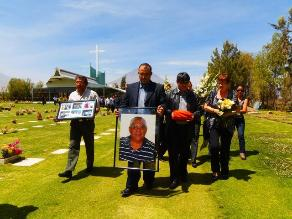 Arequipa: Realizan exequias de médico peruano asesinado en Kenia