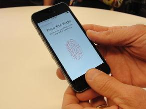 Anonymous: Touch ID del iPhone 5S recopila huellas dactilares para NSA