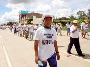 Mil mineros informales marchan pacíficamente en Abancay