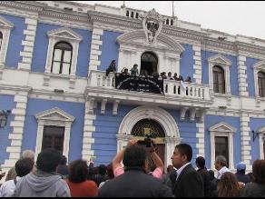 Trabajadores de Salud toman Municipalidad de Trujillo durante huelga