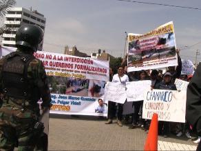 Trujillo: postergan audiencia de 24 mineros detenidos en Otuzco