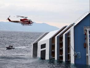 111 Muertos, 155 supervivientes y unos 400 a bordo del barco, afirman
