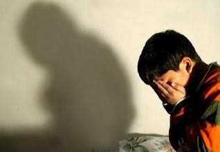 Por qué algunos padres recurren al castigo físico