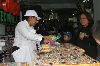 Huancayo: El 80 % de los comerciantes adultera el peso de turrones