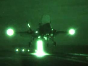 Pasajero aterriza un avión después de que el piloto se desmayase