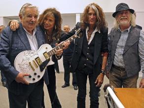 José Mujica recibió a Aerosmith en la sede gubernamental de Uruguay