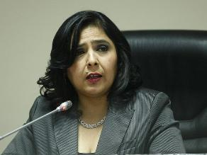 Ministra Jara: Iglesias deben instar a miembros a someterse a justicia