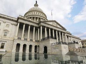 Senadores de EEUU insinúan posible acuerdo fiscal