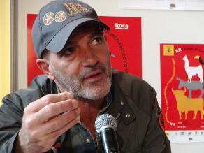 Antonio Banderas habla en Chile de película de 33 mineros
