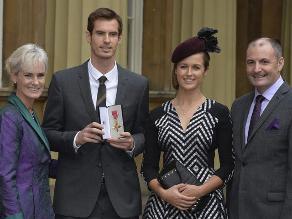 Andy Murray fue nombrado Oficial del Imperio por el príncipe Guillermo