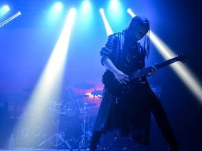 Buraco presenta su disco Paranoia en gran concierto