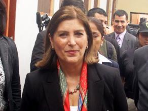 Bruce dijo que Humala se arriesga con mantener a Canciller Rivas en el cargo