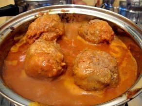 Comida calentada es segura tomando previsiones de conservación e higiene