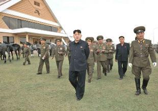 Pyongyang despliega 130 aerodeslizadores ante posibles maniobras militares