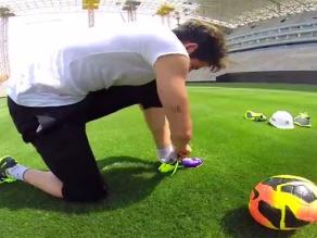 Alexandre Pato probó la cancha del nuevo estadio de Corinthians