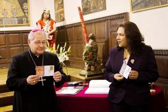 Lanzan sello postal con imagen del Señor de los Temblores