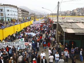 Comerciantes de La Parada recuerdan aniversario de violento desalojo