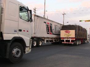 Arequipa: Camioneros bloquearán la Variante de Uchumayo