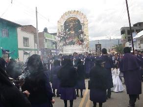 Huancayo: Señor de los Milagros realiza tercera imponente procesión