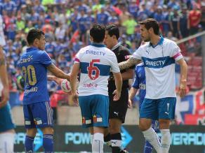 Universidad de Chile pierde clásico tras agresión a Fernando Meneses