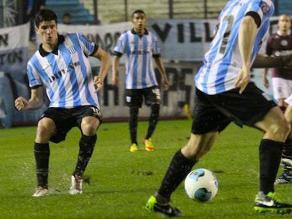Racing Club logra primer triunfo de la temporada en el fútbol argentino