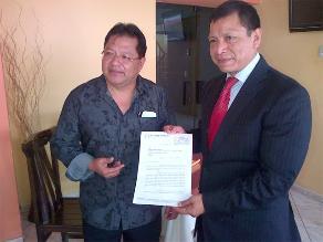 Segundo Rosero envía carta notarial a Apdayc