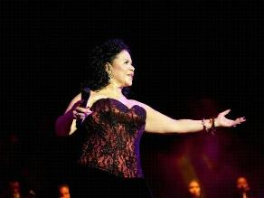 Eva Ayllón de regreso para celebrar Día de la Canción Criolla