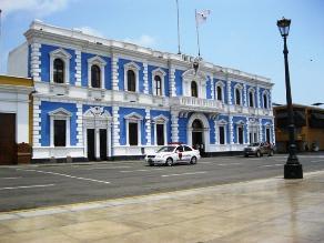 Trujillo: concejo aprueba compra directa de camionetas y motocicletas
