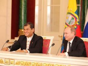 Correa firmó acuerdo de cooperación científica con Rusia