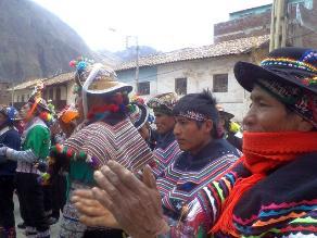 Monterola denuncia reducción de presupuesto para Huancavelica