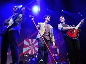 Jonas Brothers escriben carta de despedida a sus fanáticas