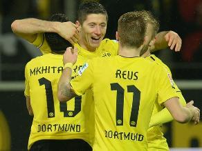Borussia Dortmund goleó 6-1 al Stuttgart con