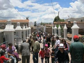 Tacna: 100 mil personas acuden al cementerio el 1 y 2 de novimebre