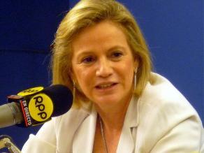 Tapia calificó como torpeza política respuesta de Pdte.Humala a Pilar Nores