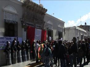 Huaraz: Jueces y fiscales realizan plantón en la Corte de Justicia